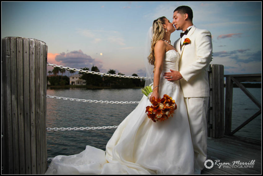 wedding couple bride groom lake water