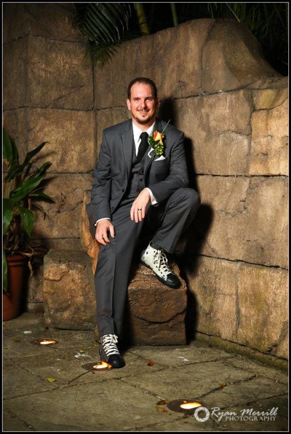 wedding groom photo palm beach zoo